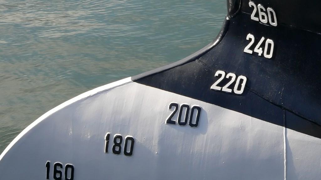precision draught monitoring pdm trelleborg marine systems