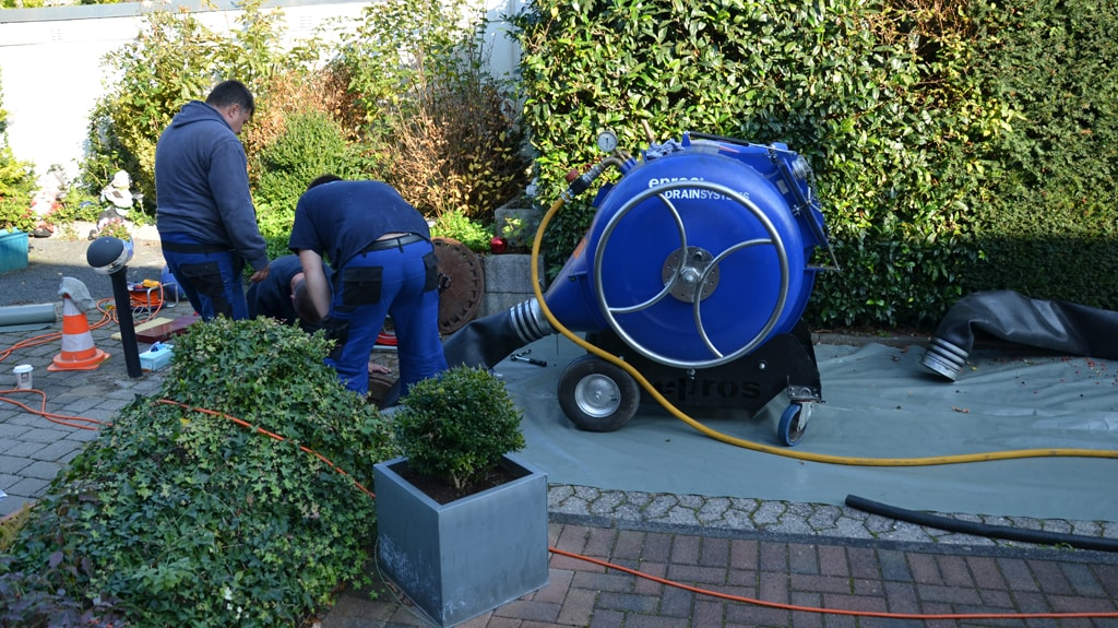 Trenchless rehab